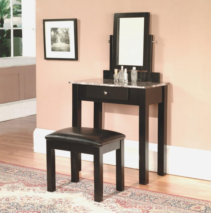 bedroom vanity set with lights around mirror 24 - gongetech