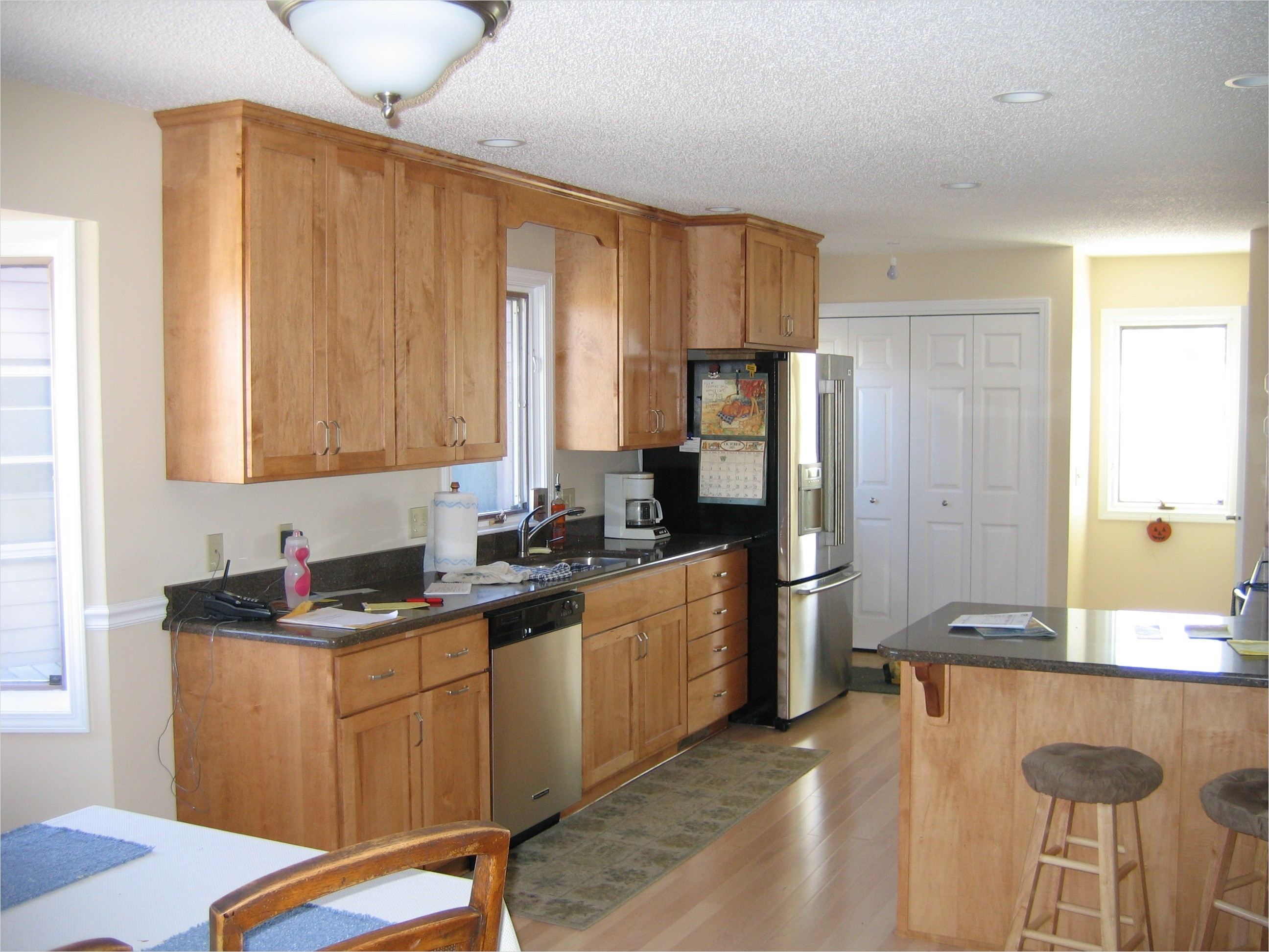 kitchen with maple cabinets color ideas 2 - Gongetech