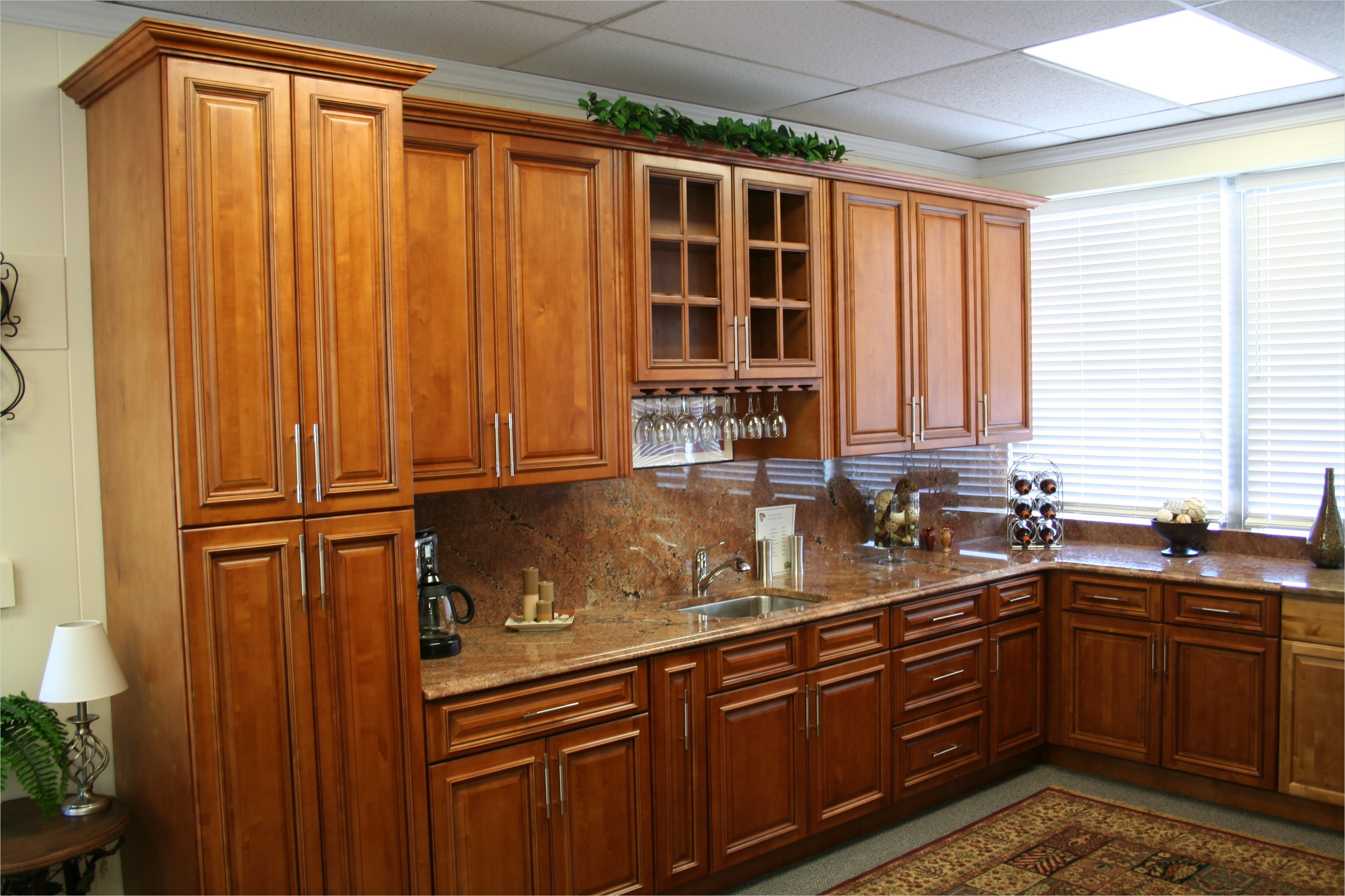 kitchen with maple cabinets color ideas 9 - Gongetech